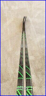 1 New Supreme Bauer ADV Pro Stock Hockey Stick 95 Flex Patrick Kane