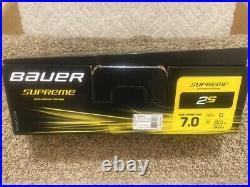 Senior New Bauer Supreme 2S Hockey Skates Regular Width Size 7